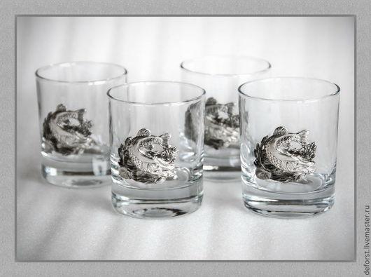 "Набор стаканов для виски 42435""Мечта рыбака». Объём стаканв 220мл. Барельеф - сплав олова. В упаковке «Престиж»."