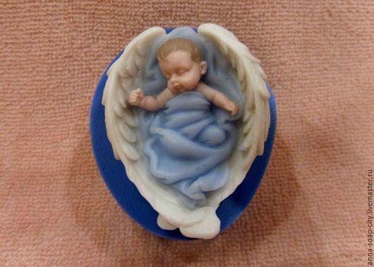 """Другие виды рукоделия ручной работы. Ярмарка Мастеров - ручная работа. Купить Силиконовая форма для мыла """"Малыш на крыльях"""". Handmade."""