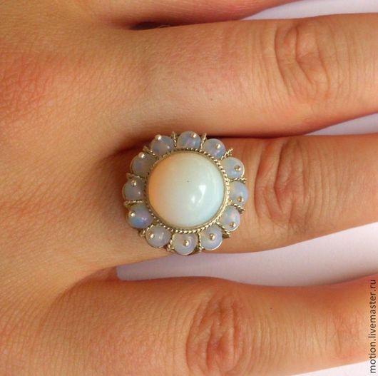 Кольца ручной работы. Ярмарка Мастеров - ручная работа. Купить Лунный камень в серебре кольцо серебро 925 пробы, лунный камень кольцо. Handmade.