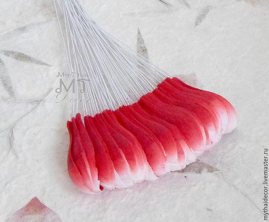 Лепестки бело-розовые закругленные My Thai материалы для флористики из Таиланда