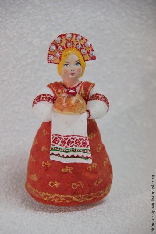 """Коллекционные куклы ручной работы. Ярмарка Мастеров - ручная работа. Купить Ёлочная игрушка из ваты """"Красавица с караваем"""". Handmade. Разноцветный"""