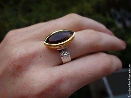 """Кольца ручной работы. Ярмарка Мастеров - ручная работа. Купить """"Parisi""""- красивое серебряное кольцо с натуральным раухтопазом. Handmade. Коричневый"""