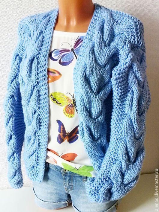 """Кофты и свитера ручной работы. Ярмарка Мастеров - ручная работа. Купить Вязаный кардиган """"бомбер"""" голубой. Handmade. Голубой"""