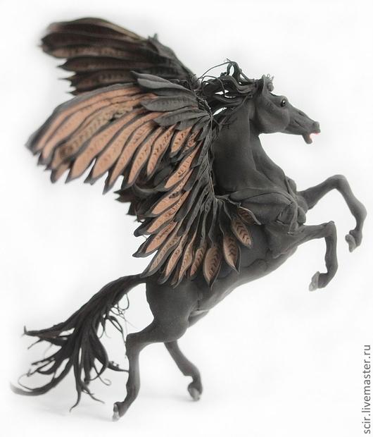 """Статуэтки ручной работы. Ярмарка Мастеров - ручная работа. Купить фигурка """"Черный пегас"""" (черная лошадь, статуэтка, на дыбы). Handmade."""
