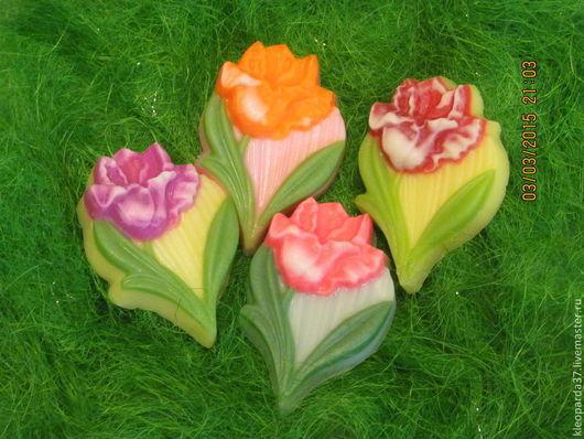 """Мыло ручной работы. Ярмарка Мастеров - ручная работа. Купить Мыло сувенирное """"Весенние тюльпаны"""".. Handmade. Разноцветный, 8 марта"""