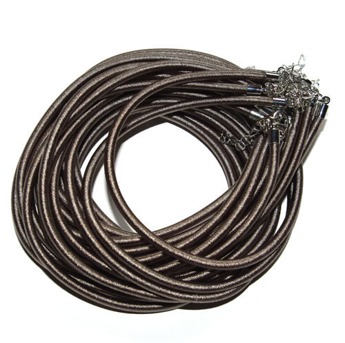 Шнур шелковый для подвески кулона. \r\nРазмер 4мм в сечении.\r\nДлина шнура 49см + 3,5см цепочка.