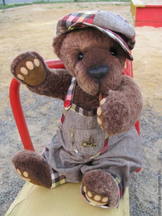 Мишки Тедди ручной работы. Ярмарка Мастеров - ручная работа. Купить Мишка Лучик с ревуном. Handmade. Коричневый, мишка в одежде