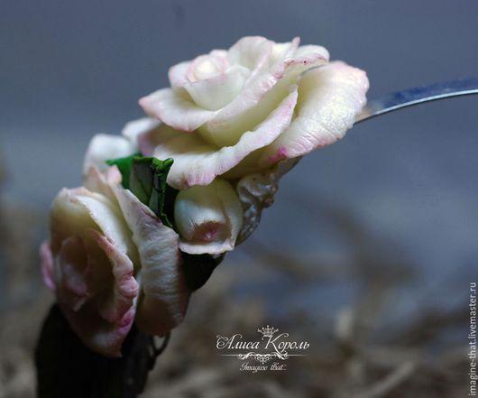 Диадемы, обручи ручной работы. Ярмарка Мастеров - ручная работа. Купить Диадема с реалистичными розами. Handmade. Бледно-розовый