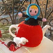 Для дома и интерьера ручной работы. Ярмарка Мастеров - ручная работа Вязаная грелка на чайник Мы с овечкой ходим парой. Handmade.