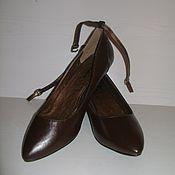 Винтаж ручной работы. Ярмарка Мастеров - ручная работа Классические туфли лодочки коричневого цвета на маленьком каблучке. Handmade.