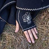 """Аксессуары ручной работы. Ярмарка Мастеров - ручная работа Митенки с вышивкой """" Сбежавшая принцесса"""". Handmade."""
