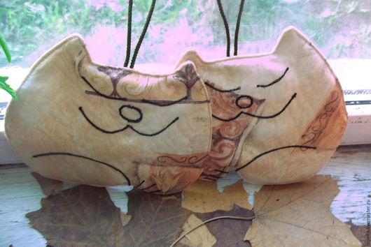 """Кухня ручной работы. Ярмарка Мастеров - ручная работа. Купить Прихватки """"Коты""""....подставка под горячее.... Handmade. Бежевый"""
