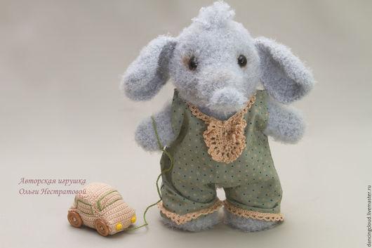 Игрушки животные, ручной работы. Ярмарка Мастеров - ручная работа. Купить Слоненок с машинкой. Handmade. Вязаный слоненок, слон
