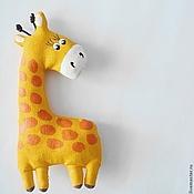 Мягкие игрушки ручной работы. Ярмарка Мастеров - ручная работа Текстильный магнитик. Жираф.. Handmade.