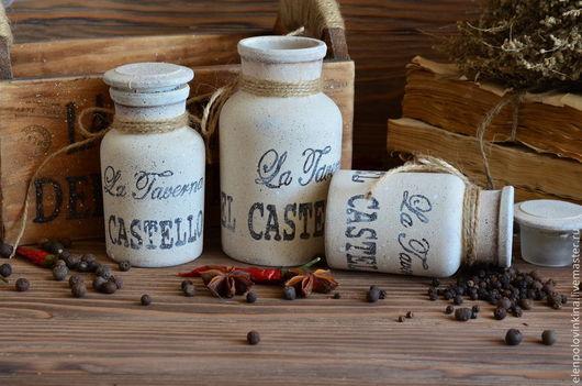 Набор для специй и пряных трав в стиле старого итальянского кантри.