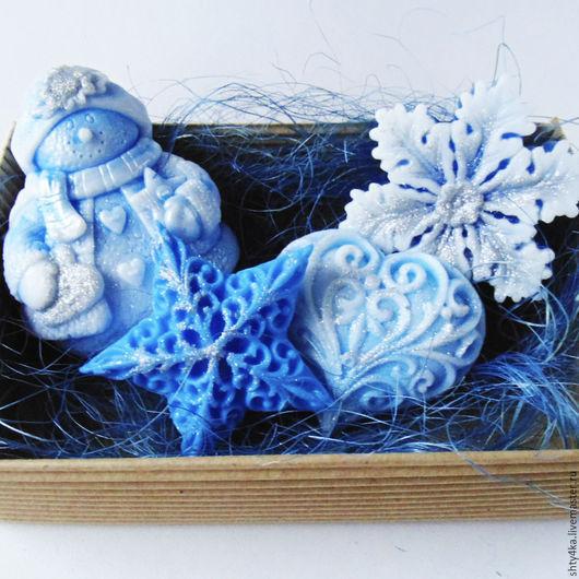 """Мыло ручной работы. Ярмарка Мастеров - ручная работа. Купить Набор мыла """"Бестящий Новый Год"""" Синий, снежный. Handmade."""