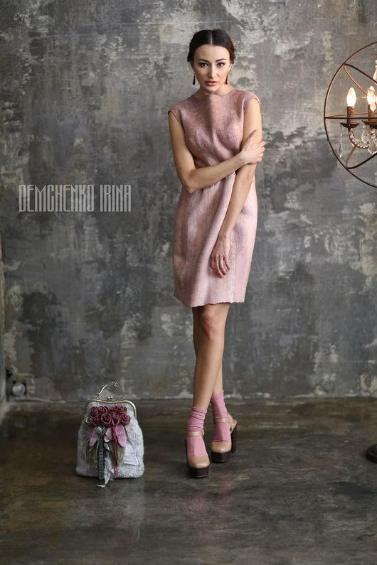 Платья ручной работы. Ярмарка Мастеров - ручная работа. Купить Валяное платье «Розовый поцелуй». Handmade. Бледно-розовый, поцелуй