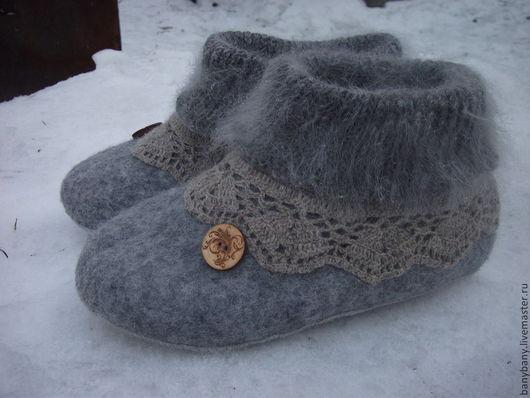 Обувь ручной работы. Ярмарка Мастеров - ручная работа. Купить Тапочки , Серые пуховые '. Handmade. Серый