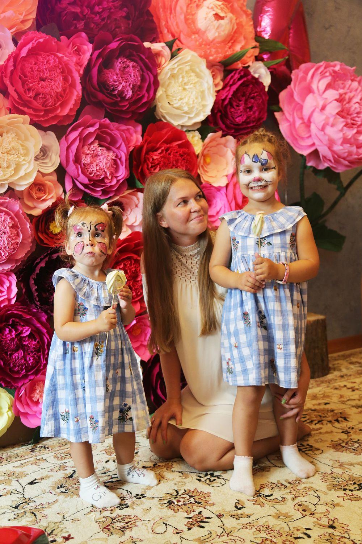 Фотозона, пионовидная роза, цветы из бумаги, ростовые цветы, Свадебные цветы, Москва, Фото №1