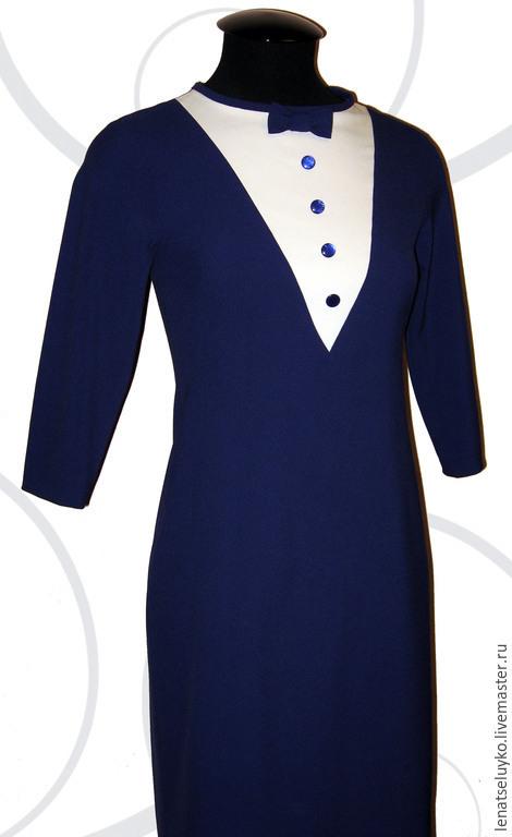Платья ручной работы. Ярмарка Мастеров - ручная работа. Купить Платье-футляр с контрастной вставкой и бантиком. Handmade. Тёмно-фиолетовый