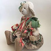 Куклы и игрушки ручной работы. Ярмарка Мастеров - ручная работа Овечка Авриль с мишкой. Handmade.