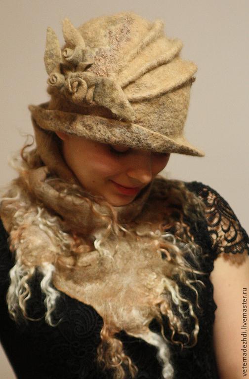 """Шляпы ручной работы. Ярмарка Мастеров - ручная работа. Купить Валяная шляпка и  шарф  """"Пески"""".. Handmade. Валяная шапка"""