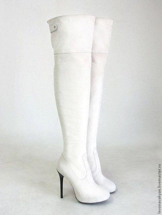 Обувь ручной работы. Ярмарка Мастеров - ручная работа. Купить Ботфорты женские. Handmade. Белый, ботфорты на заказ, Сапожки, замша