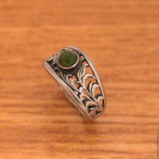 Кольца ручной работы. Ярмарка Мастеров - ручная работа. Купить Серебряное кольцо Легенда, серебро 925. Handmade. Тёмно-зелёный