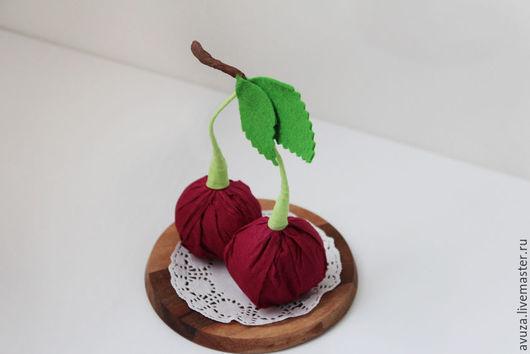 """Букеты ручной работы. Ярмарка Мастеров - ручная работа. Купить Конфеты """"Вишенка"""". Handmade. Бордовый, цветы из конфет, сюрприз, бонбоньерка"""
