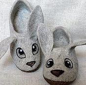"""Обувь ручной работы. Ярмарка Мастеров - ручная работа Войлочные тапочки """" Кролики"""". Handmade."""
