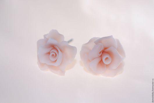 """Серьги ручной работы. Ярмарка Мастеров - ручная работа. Купить Серьги """"Розочки"""". Handmade. Бледно-розовый, розы, серьги-гвоздики"""
