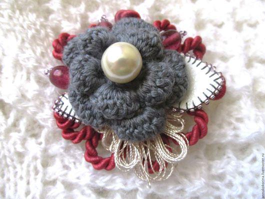 Броши ручной работы. Ярмарка Мастеров - ручная работа. Купить Брошь -цветок, вязаная брошь 11, серый, бородовый. Handmade.