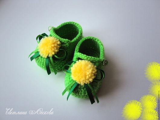 Для новорожденных, ручной работы. Ярмарка Мастеров - ручная работа. Купить Пинетки- туфельки Одуванчики зеленые для девочки. Handmade.