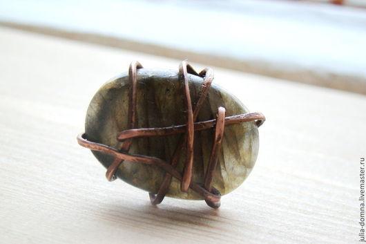 Кольца ручной работы. Ярмарка Мастеров - ручная работа. Купить Кольцо-перстень с Лабрадором. Handmade. Медные украшения, кольца перстни
