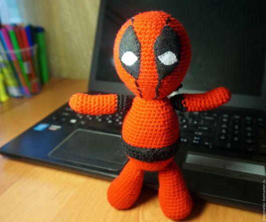 Человечки ручной работы. Ярмарка Мастеров - ручная работа. Купить Deadpool. Handmade. Ярко-красный, игрушка ручной работы, амигуруми