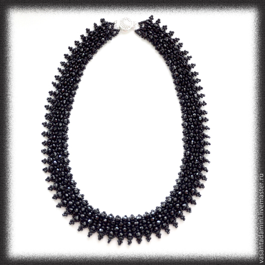 """Колье, бусы ручной работы. Ярмарка Мастеров - ручная работа. Купить Колье """"Лила"""" с кристаллами. Handmade. Черный, черное украшение"""