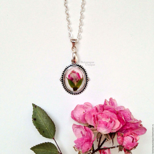 Кулоны, подвески ручной работы. Ярмарка Мастеров - ручная работа. Купить Подвеска с засушенной розой. Handmade. Белый, розы
