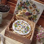 """Для дома и интерьера ручной работы. Ярмарка Мастеров - ручная работа """"Первые цветы"""" короб для  мелочей, короб для дома. Handmade."""