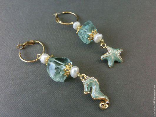 Серьги морские, кварц, позолота, эмаль, морской стиль - ручная работа Kamnibusinki.