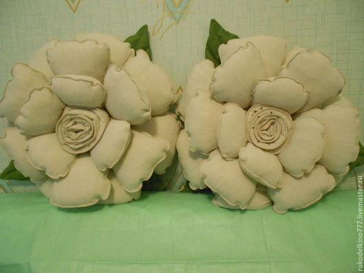 Персональные подарки ручной работы. Ярмарка Мастеров - ручная работа. Купить Декоративная подушка-роза (1 шт.). Handmade.