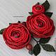 Броши ручной работы. Брошь с цветами из бисера и сваровски, красные розы (0374). natashabiser. Ярмарка Мастеров. Красные цветы