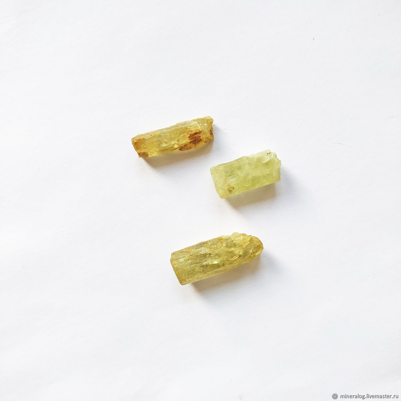 Гелиодор, натуральные кристаллы берилла цвета Лайм, Минералы, Москва,  Фото №1