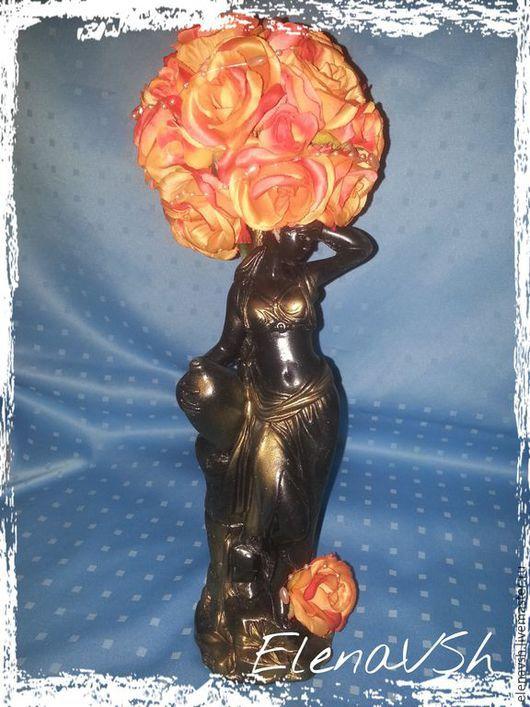 Топиарии ручной работы. Ярмарка Мастеров - ручная работа. Купить Топиарий Дама в розах.. Handmade. Цветочная композиция, топиарий