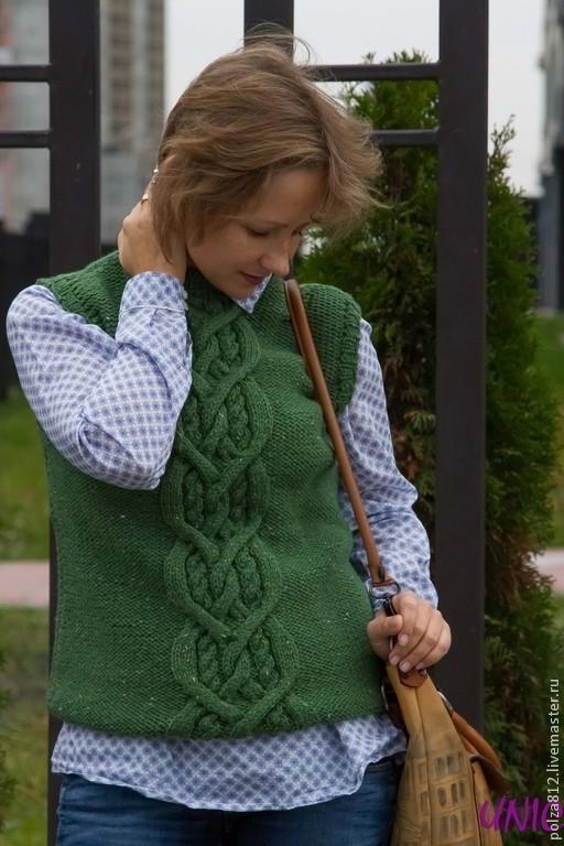 жилетка, жилетка женская, жилетка вязаная, жилетка зелёная, зелёный, тёмно-зелёный, стильная жилетка