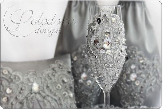 """Свадебные бокалы """" Серебро""""\r\nСвадебные бокалы,бокалы для молодоженов, бокалы для шампанского, свадебные аксессуары ручной работы."""