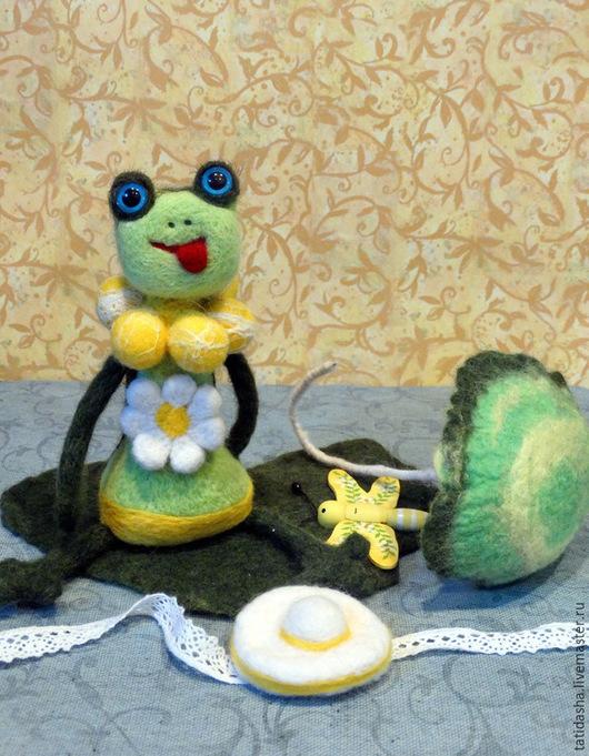 Игрушки животные, ручной работы. Ярмарка Мастеров - ручная работа. Купить Лягушка Синеглазка. Handmade. Разноцветный, игрушка для детей, подарок