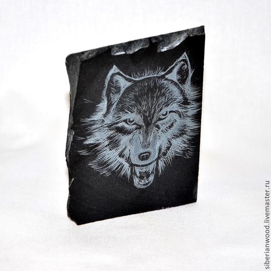 """Статуэтки ручной работы. Ярмарка Мастеров - ручная работа. Купить Шунгит!!! Стела """"Сибирский волк""""из натурального камня (шунгит). Handmade."""