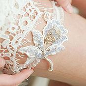 Свадебный салон ручной работы. Ярмарка Мастеров - ручная работа Подвязка невесты в голубом цвете. Handmade.