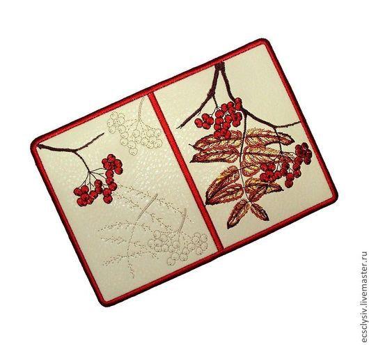 """Обложки ручной работы. Ярмарка Мастеров - ручная работа. Купить Обложка для паспорта """" Рябины гроздья красные  """". Handmade."""