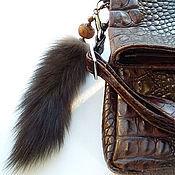 Брелок ручной работы. Ярмарка Мастеров - ручная работа Брелок из натурального меха соболя с Тибетской бусиной Дзи. Handmade.